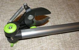 Поворот режущего узла сучкореза ЦИ на 180º в сторону режущего клинка